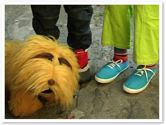 Els Rodamons - Perro, piernas Max y Elga